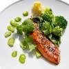 Saumon laqué miso gingembre, légumes verts vapeur